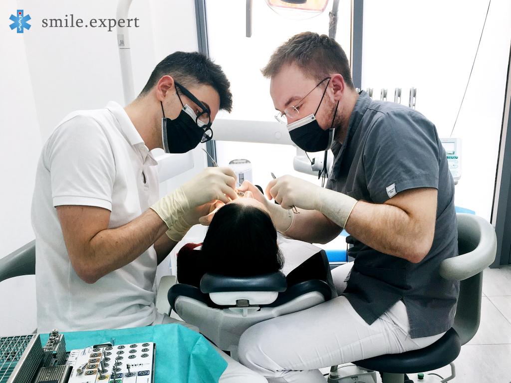 chirurgiczna odbudowa zęba we Wrocławiu